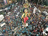 Bombay High Court threatens civic chiefs with jail time over illegal pandals
