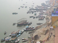 Ganga runs dry, drifts miles away from ghats in Kanpur