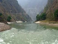 Rawat seeks funds for Namami Gange projects
