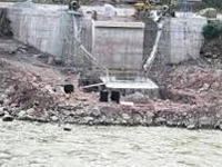 Governor reviews status of dredging work on river Jhelum