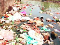 As kanwarias take over Haridwar, NGT ban on plastic goes for a toss