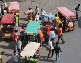 e-rickshaws are illegal, says Delhi Govt.