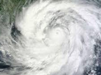 Cyclone rips through three districts of West Bengal, 800 left homeless