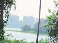 FIR against 117 villagers for encroaching Arthala lake