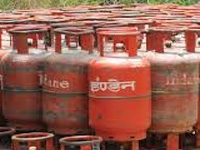 Modi govt to achieve 50-million LPG connection target by August 15