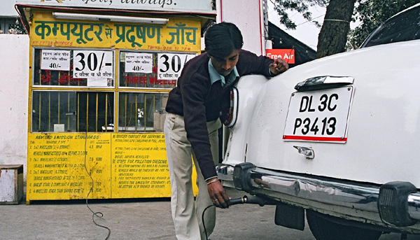 Overview of India's vehicle emissions control program: past successes and future prospects