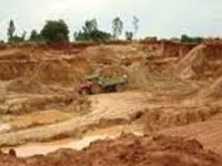 Illegal sand mining continues unabated at Sardar Sarovar project in MP, green panel rues