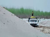 In HP, illegal sand mining in Sutlej basin damages environment