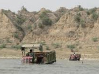 Uma writes to environment ministry over illegal mining in Ganga