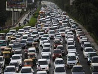 Vehicle growth rate in Bengaluru slows down