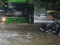 Refer to drainage report, chart plan to stop waterlogging: HC